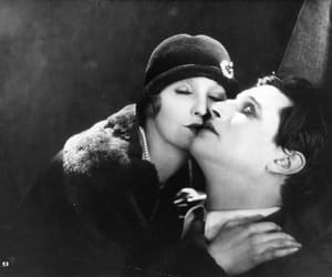 the lodger and a story of the london fog image