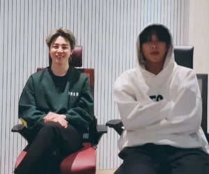 tiny, rm, and low quality image