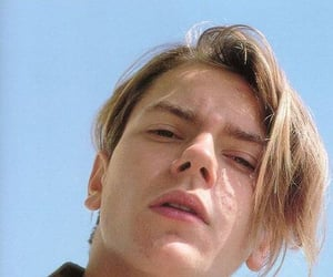 river phoenix, 90s, and 80s image