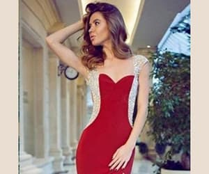 cap sleeve, sheath red, and sweetheart front slit image