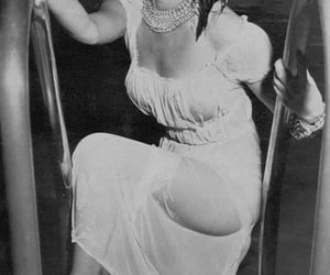 fashion inspiration, vintage makeup, and 1960's image