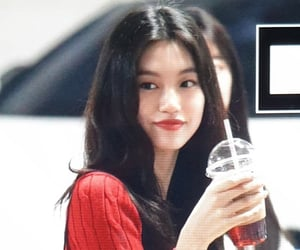 kpop, preview, and doyeon image