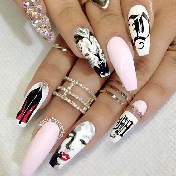 article and nails image