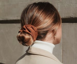 hair, hairstyle, and scrunchie image