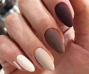 almond nail art image