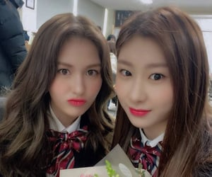 kpop, somi, and itzy image