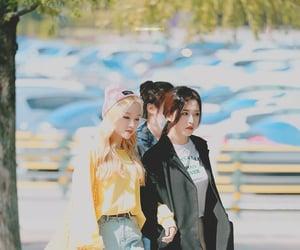 girls, kpop, and olivia image