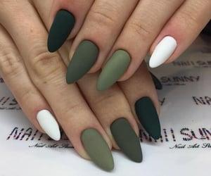 green and nails image