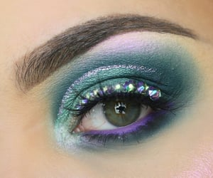 beauty, eyes, and eyeshadow image