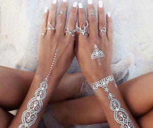 accessories, beach, and body image