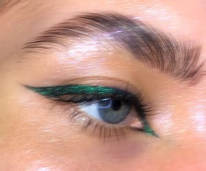 cat eye, green, and beauty inspo image