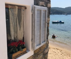 aesthetic, good life, and isola d'elba image