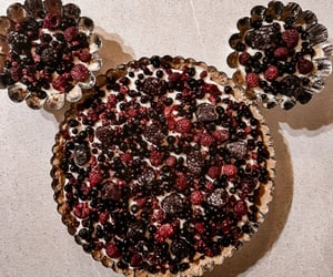 berries, cake, and minnie image