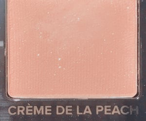 makeup, eyeshadow, and peach image