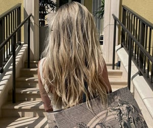 blonde hair, gucci, and weheartit image