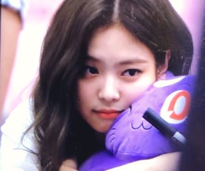preview, jennie, and lq image