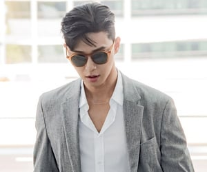 actor, korean, and park seojoon image