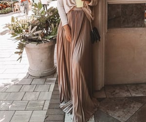 fashion, skirt, and pleats image