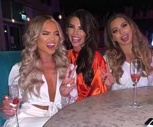 girl, love island, and friends image