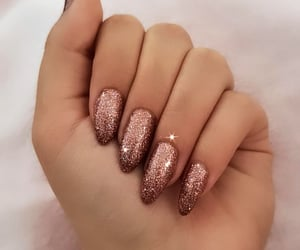 aesthetic, glitters, and nails image