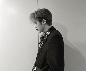 black and white, 우석, and dr. bebe image