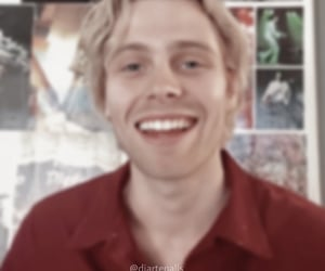 aesthetic, blurry, and icon image