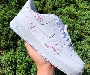 nike, sneakers, and white sneakers image