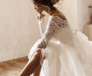 Blanc, mariage, and women image