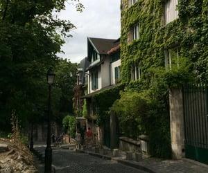 montmartre, parís, and rain image