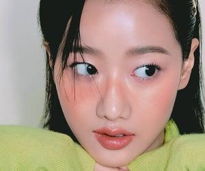 kpop, magazine, and naeun image