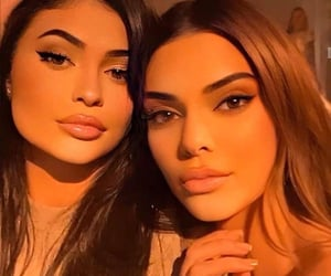 kylie jenner, kendall jenner, and tumblr image