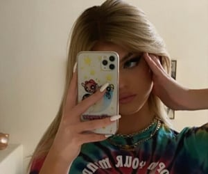 girls, mirror pic, and tiktok image