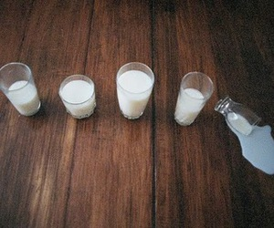 milk, photography, and glass image