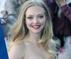 amanda seyfried and les miserables image