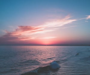 ocean, pink sky, and wave image