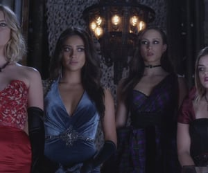 pretty little liars, pll, and the dollhouse image