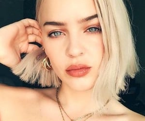 anne-marie image