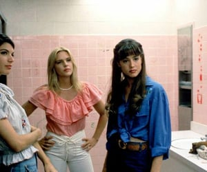 girl, dazed and confused, and 90s image
