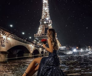 paris and fashion image