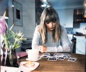 polaroid and Taylor Swift image