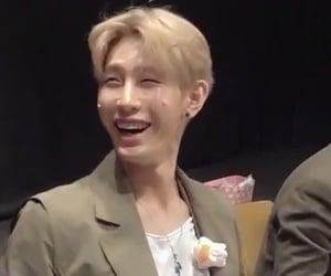 laugh, kim hosung, and lou image