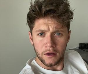 eyes, selfie, and niall image
