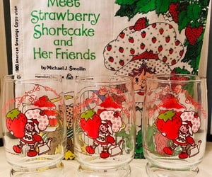 etsy, huckleberry pie, and strawberry shortcake image