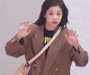 jennie and kpop image