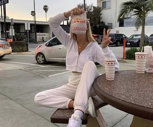 girl and in n out image