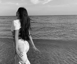 b&w, beach, and beauty image
