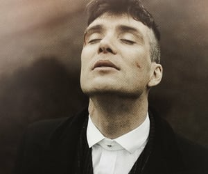 cillian murphy, thomas shelby, and serie image