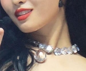 details, momo, and twice image