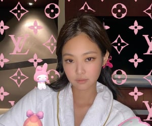 bp, jennie, and mymelody image