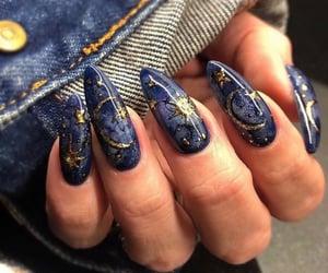 nails and moon image